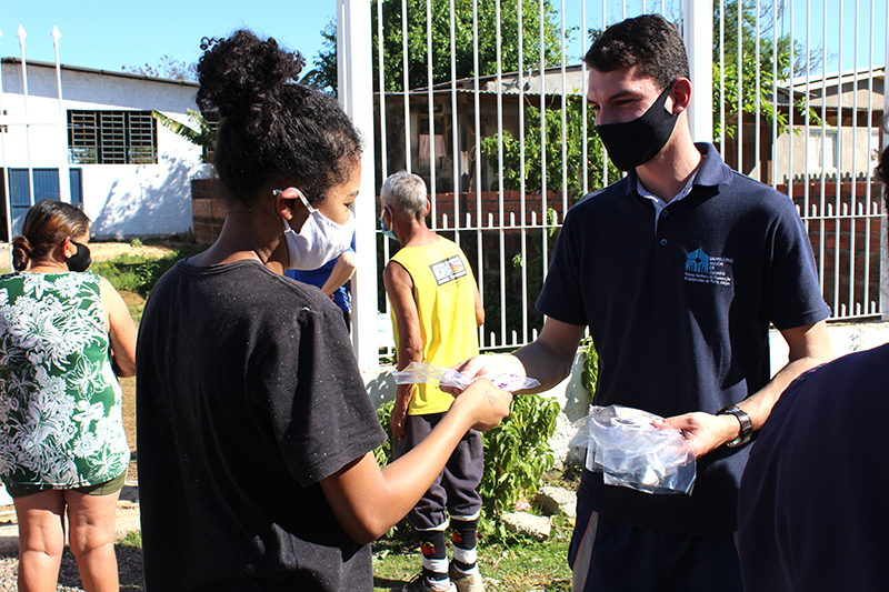 Ação na Comunidade beneficia população do bairro Timbaúva